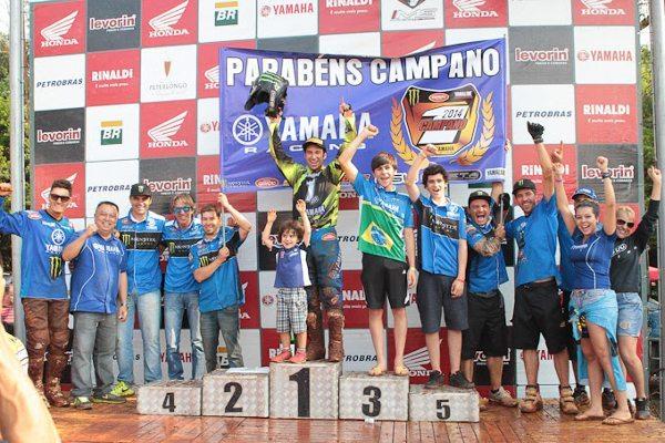 Carlos Campano é o campeão da MX1 no Brasileiro de Motocross 2014