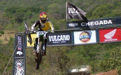 Edéia recebe 4ª etapa do Goiano de Motocross