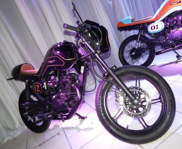 Modelo Café Racer John Player Special