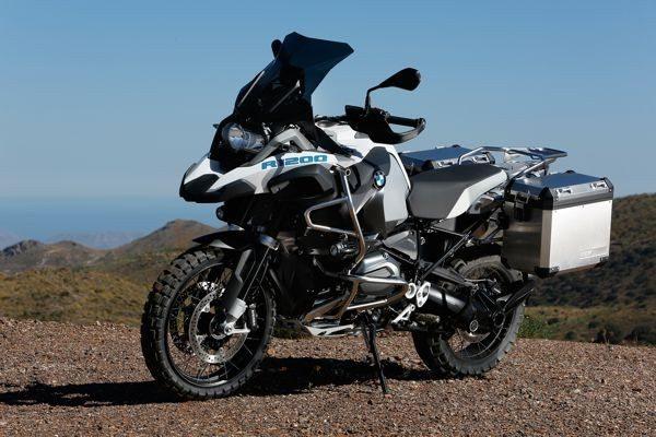 A BMW R1200 GS Adventure tem acessórios originais que agregam mais personalidade à moto
