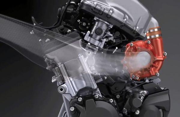 Motor de 998cc com supercharger desenvolve perto de 300cv