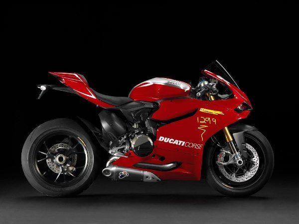 A Ducati Panigale cresceu e agora tem motor de 1285cc e passa a se chamar Panigale 1299