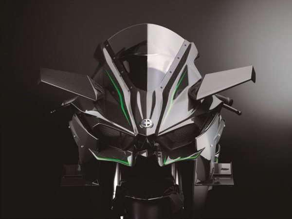 Detalhes na carenagem da Ninja H2R lembram mini asas de avião