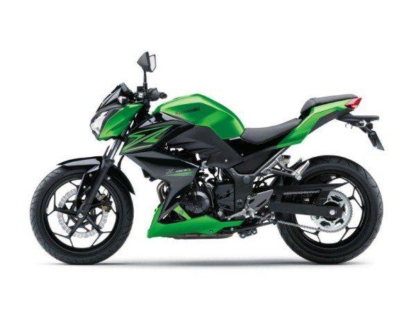 ... e a Z300, versão naked da Ninja 300