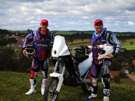 Os irmãos Ike e Guto Klaumann