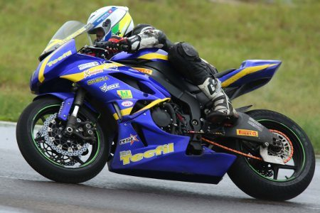 Danilo Lewis lidera a categoria 600cc SuperSport Pro do SuperBike Series 2014