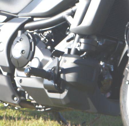 Motor de 700 cc da Honda se adapta muito bem na Custom, baixas rotações e torque alto