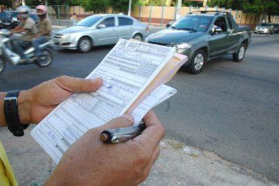 Contra o talão e a caneta, o melhor é cumprir a lei