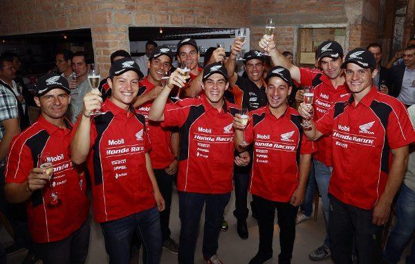 Honda comemora temporada 2014 com 34 títulos em competições de motociclismo no Brasil