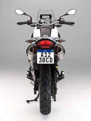 Assim ficarão as novas placas após instaladas nas motos