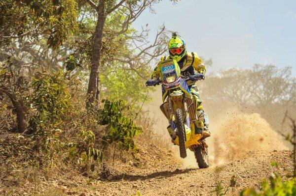Gregório Caselani, campeão do Brasileiro de Rally Baja 2014