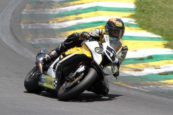 Equipe PRT Bardahl, da categoria 500 Milhas, na 500 Milhas Motovelocidade de Interlagos 2014 - foto de Marcelo Altamiro