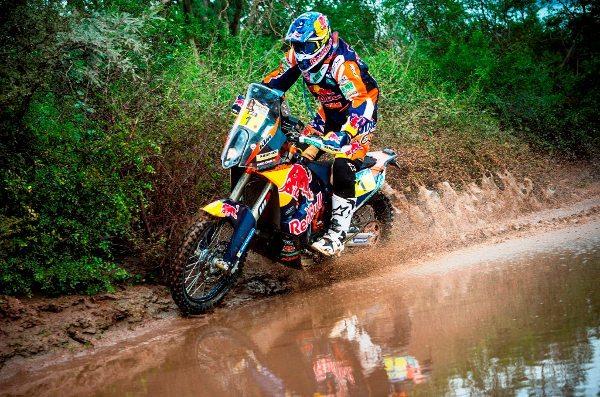 Mesmo sendo o sexto do dia, Marc Coma é o campeão do Dakar 2015 - foto by KTM