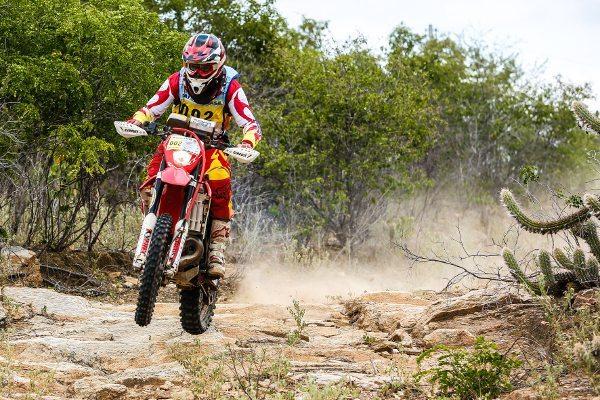 Helaindo Onofre vence a terceira etapa e assume a vice-liderança - foto de Haroldo Nogueira
