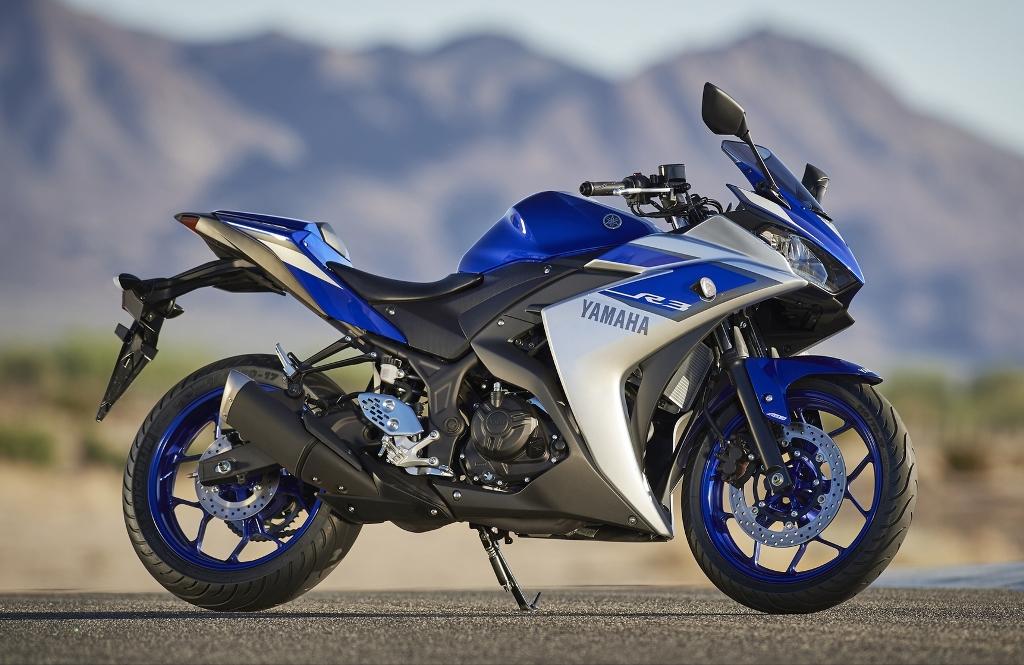 2015-Yamaha-YZF-R320-EU-Race-Blu-Static-002