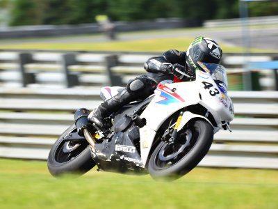 Ademilson Peixer, da RF Racing (#43), não deu chances para ninguém na prova das 100 Milhas nas 500 Milhas de Motovelocidade 2015 - foto de Fábio Melo