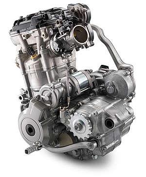 Motor compacto, simples e potente tem as carcaças reforçadas mas sem adição de peso