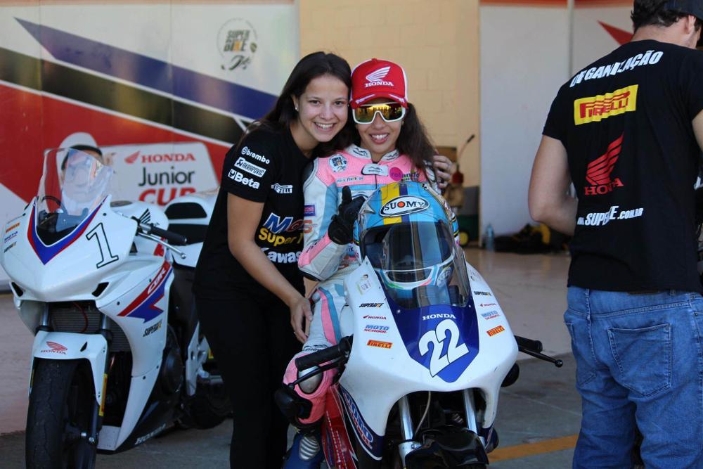 "Sabrina Paiuta e Maria Fernanda Figueiredo Rocha - foto do arquivo pessoal ""MaFe"""