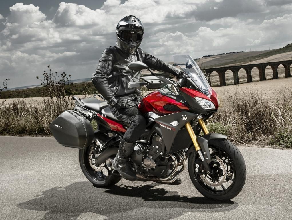 Yamaha MT 09 Tracer - Guia de Motos - Motonline