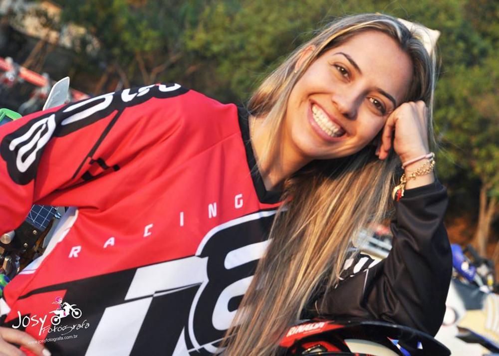 Sabrina Katana volta a competir após 2 anos de ausência do off road em duas rodas - divulgação