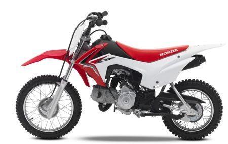 A Pop 110i usa o motor da CRF 110 - Uma moto para crianças de 8 a 11 anos