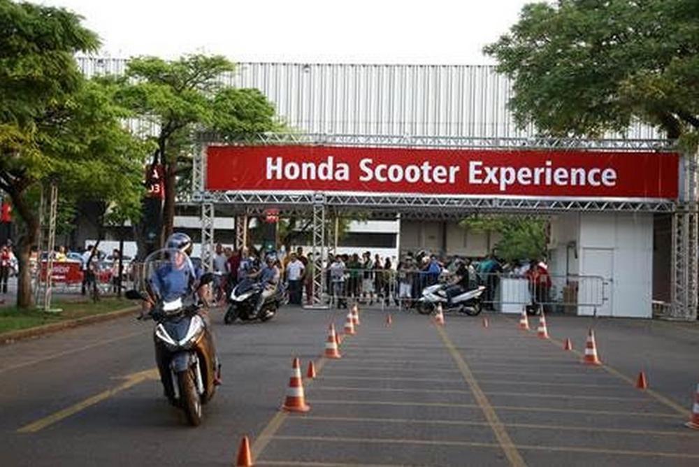 A Honda disponivilizou duas pistas, uma para motos e outra exclusiva para scooters - divulgação