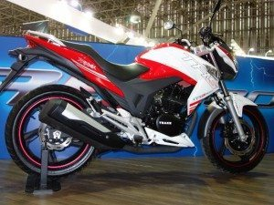 A moto exibida no Salão Duas Rodas em 2013: plano antigo
