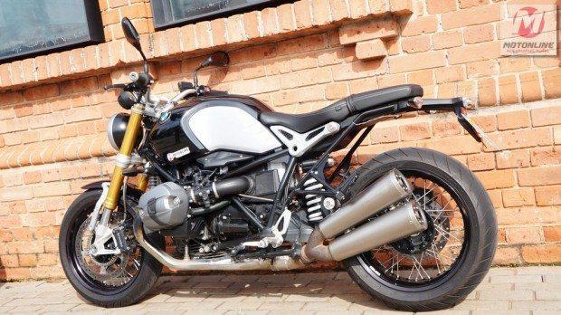 Equipamento original de qualidade como os escapes Akrapovik mostra a atenção da fábrica aos desejos do motociclista experiente