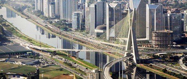De volta ao lar na querida cidade de São Paulo