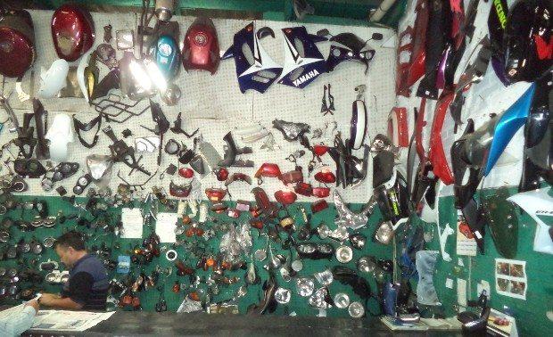 A peregrinação nas lojas de peças usadas e ...
