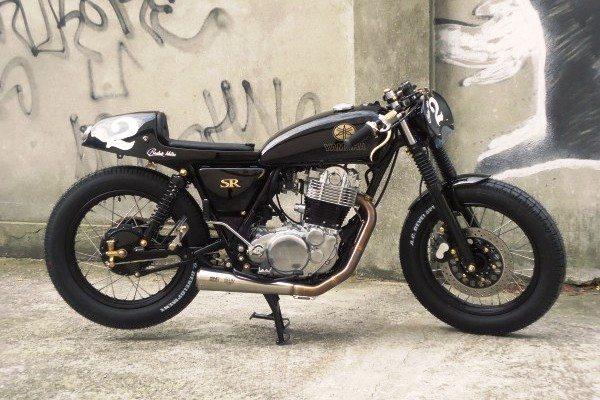 Moto tunada pela Yamaha Badan, Suíça: vai uma cafezinho aí?