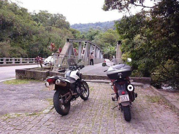 Ponte metálica no Recanto Mãe Catira - Estrada da Graciosa