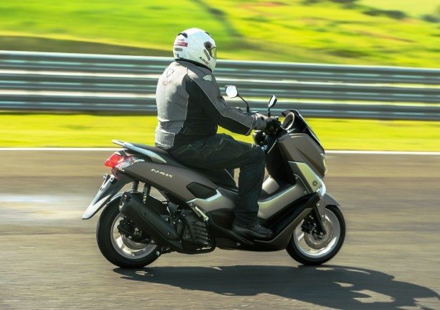 Motor empurra bem e freios com ABS são grande avanço na categoria