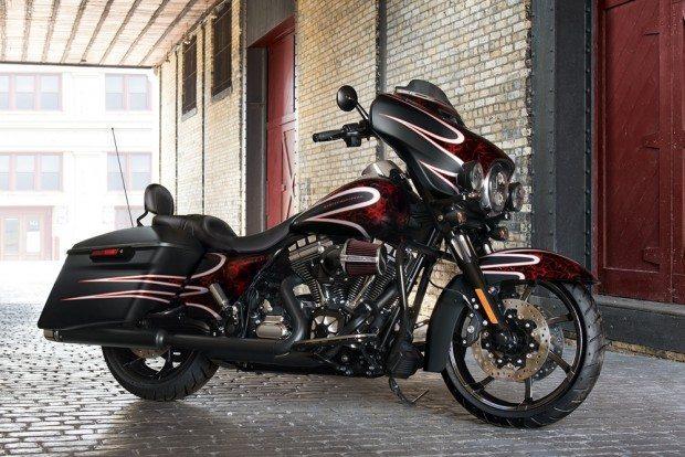 Street Glide Special é um dos modelos com condições especiais. Para a moto, o desconto é de R$ 10 mil