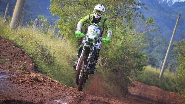 Ramon Sacilotti venceu o Rally Cuesta nas motos... pela sétima vez