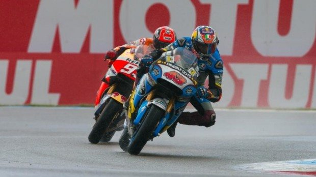 Jack Miller à frente de Márquez, nos momentos finais do GP da Holanda