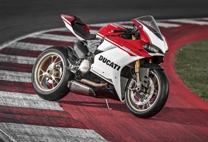 Ducati 90 anos: celebração é com uma 1299 Panigale S