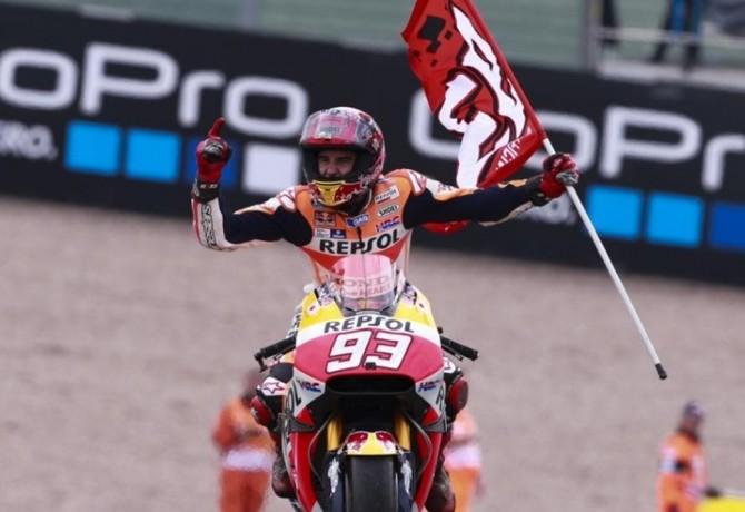 MotoGP™: estratégia perfeita dá vitória a Márquez