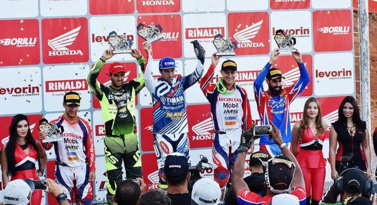 Carlos Campano foi o melhor no Motocross Pró terceira etapa