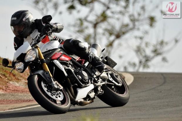 A nova Speed Triple R chega às concessionárias Triumph ainda este mês
