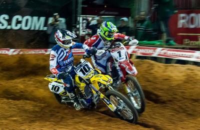 Disputa pegou fogo entre Jean Ramos (Yamaha) e Paulo Alberto (Honda) nas duas baterias. Pilotos lutam pelo título do Arena Cross 2016
