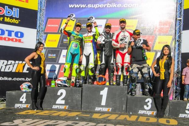 Bolinha venceu mais uma na Kawasaki 600