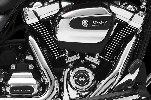 Novo motor Harley-Davidson Milwaukee-Eight V-twin 107 polegadas e 1.750cc