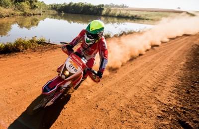 Jean Azevedo corre em busca do inédito sétimo título no Rally dos Sertões - foto: Victor Eleutério