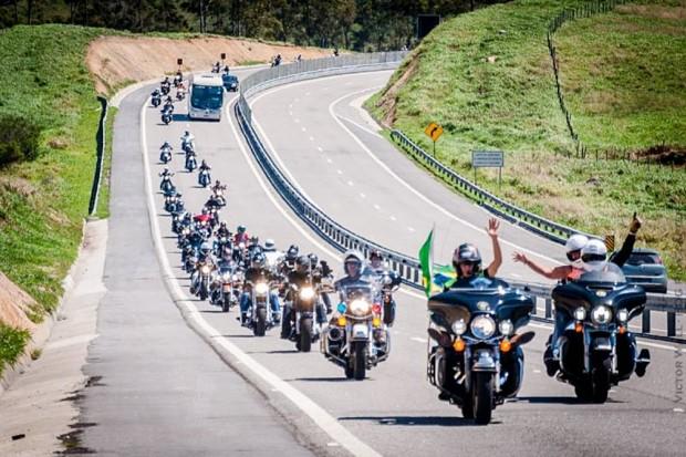 Harleyros partirão para Cabo Frio, onde participam de evento exclusivo da marca. No ano passado (foto), comboios chegaram de vários estados