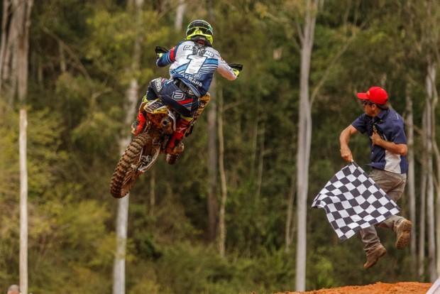 Campano venceu em Morrinhos, saltando do quarto para o primeiro lugar na classificação