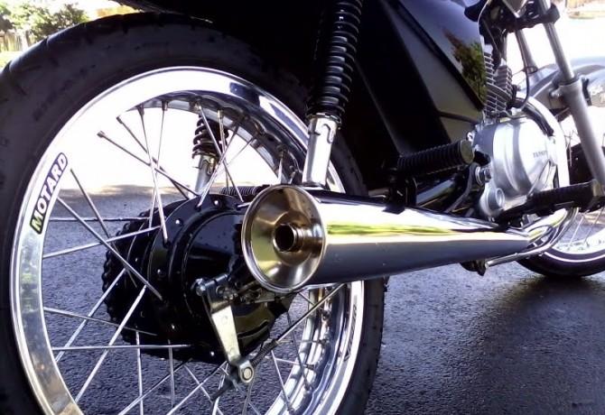 Motos sem catalisadores podem poluir até oito vezes mais
