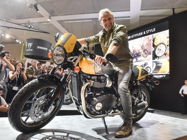 Triumph mostrou no Intermot 2016 que continua apostando forte no segmento de clássicas