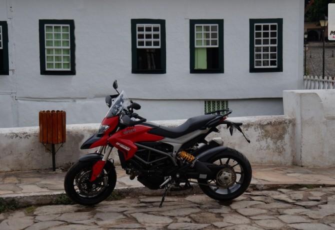 Teste Ducati Hyperstrada - o nome não é exagero