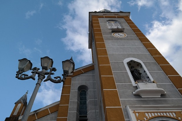 A igreja matriz e o museu Julinho são atrativos históricos no centro da pequena Aiuruoca, no sul de Minas Gerais